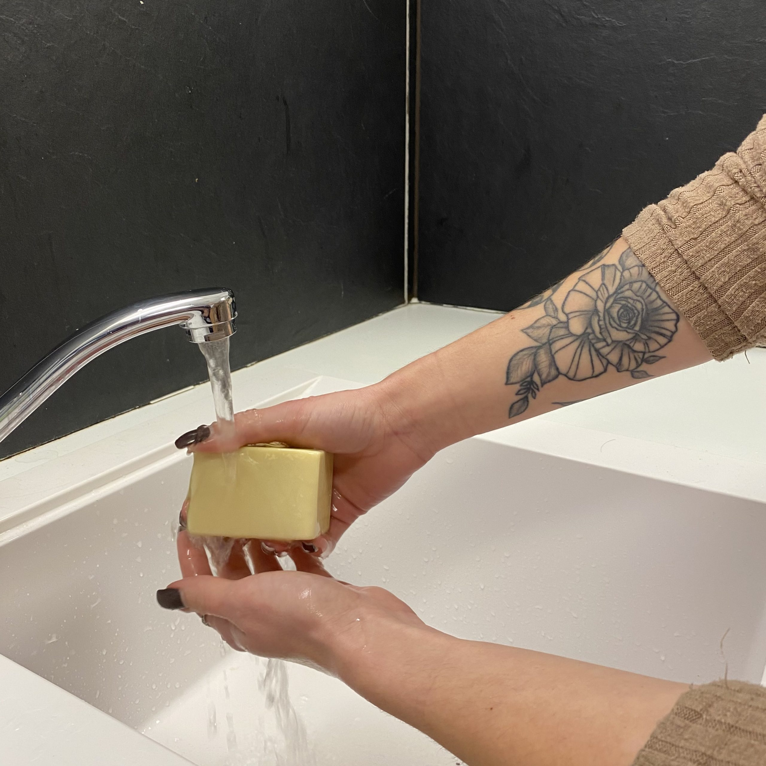 Lavage mains gel hydroalcoolique coronavirus savon naturel Patachons